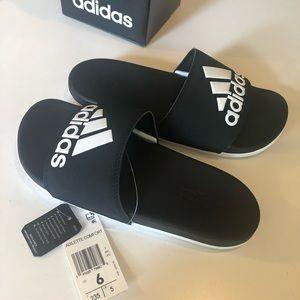 NWT Adidas Adilette Comfort Womens Slides